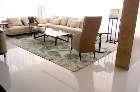 High Gloss Finish for Luxury Furniture Brand